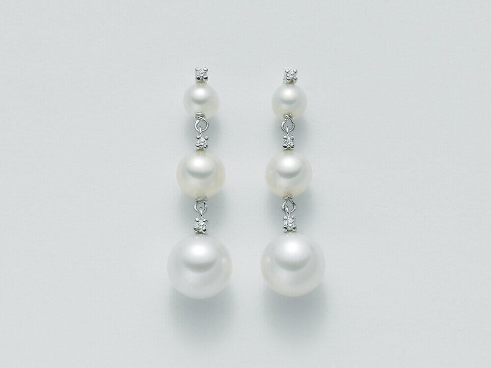 parure perle ultimi arrivi parure orecchini perle 6 gioielli prezzo parure perle. Black Bedroom Furniture Sets. Home Design Ideas